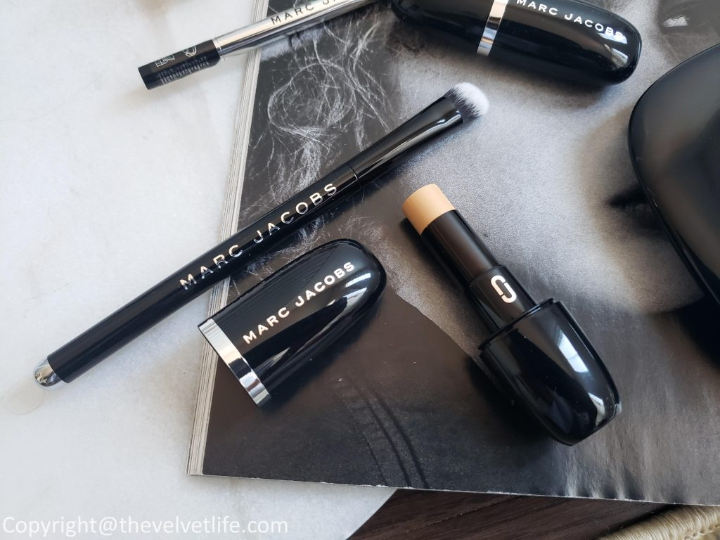Marc Jacobs Beauty Accomplice Concealer & Touch-Up Stick, Conceal Full Cover Correcting Brush No 14