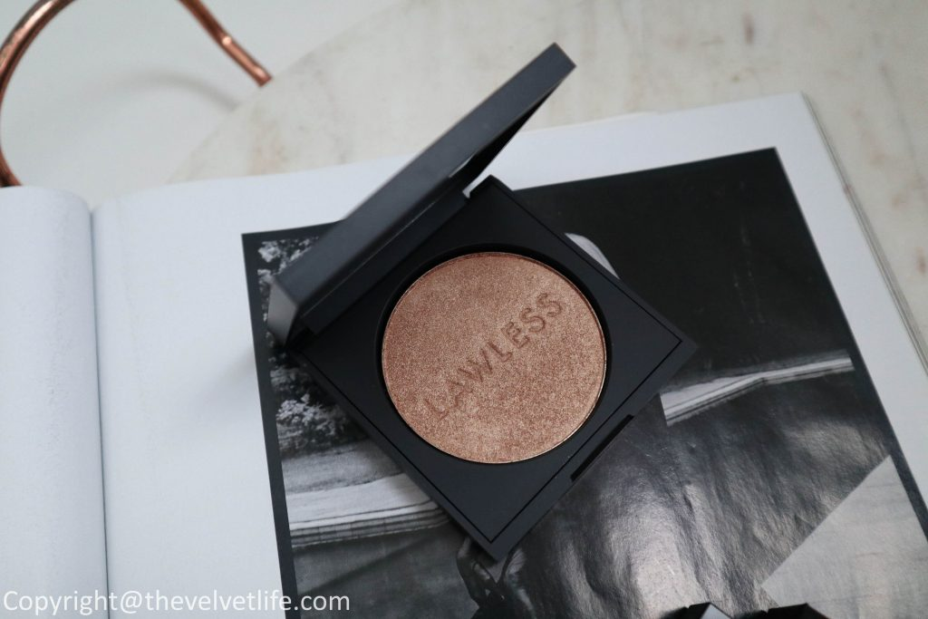 Lawless Lucid Skin Highlighter in Afternoon delight and Lawless Soft Matte Liquid Lipstick review and swatches of shades dane, leo