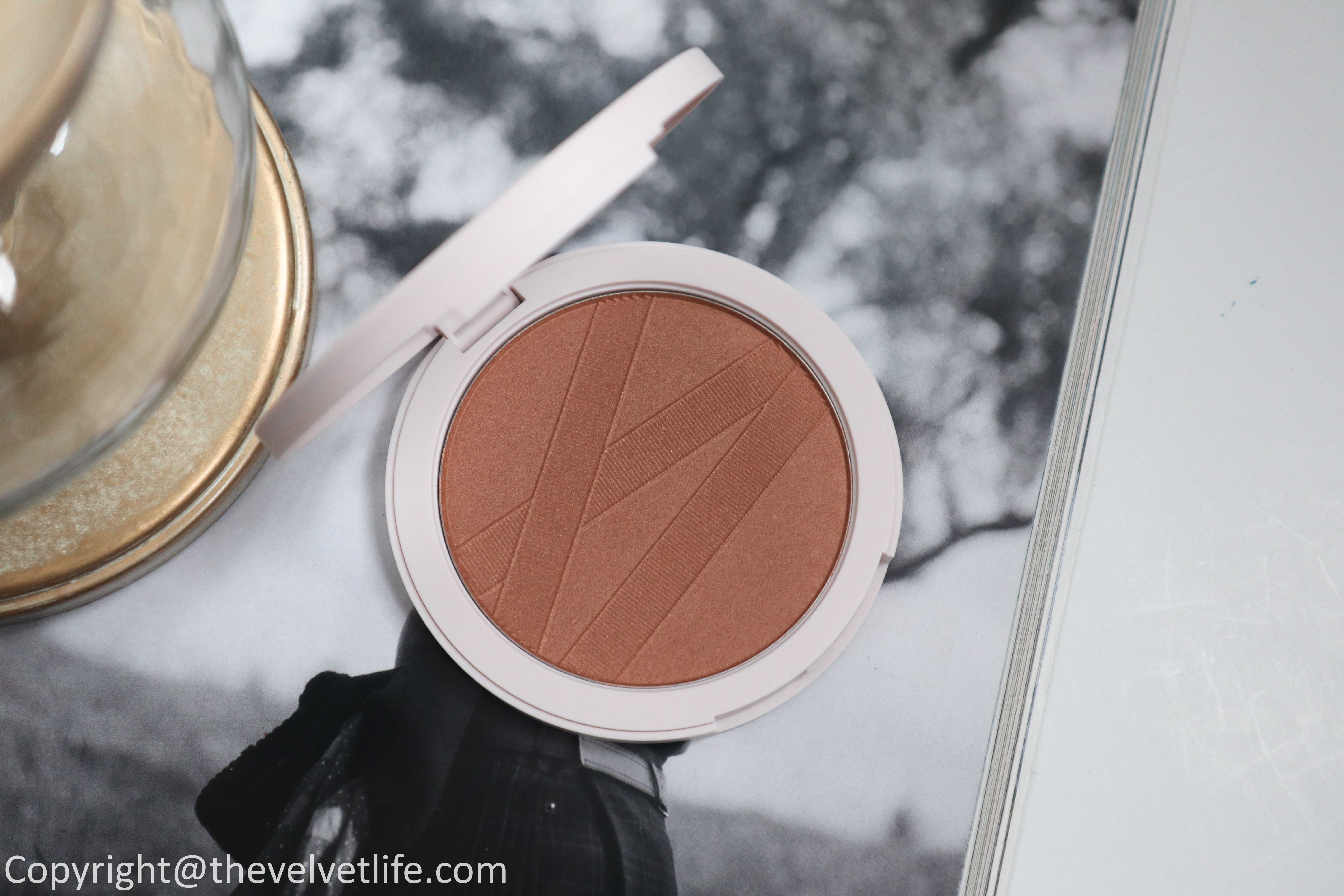 Laura Mercier Ballet à Paris Holiday 2020 Collection review swatches of Rose Pirouette Illuminator, Standing Ovation Cheek Palette, Hand Cream Quartet, Luxe